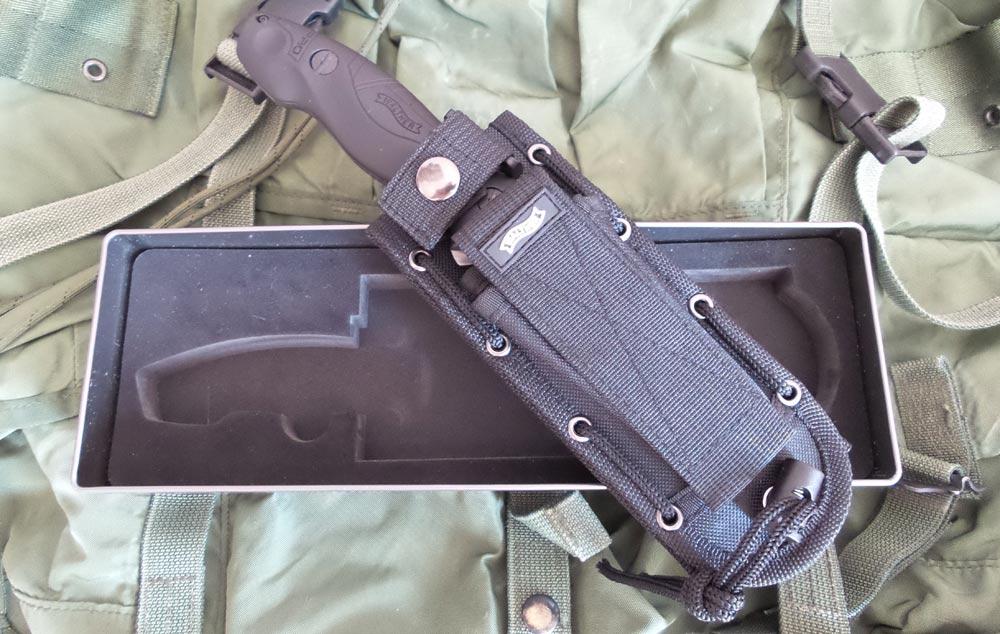 backpack_3_sheath_01_1000px